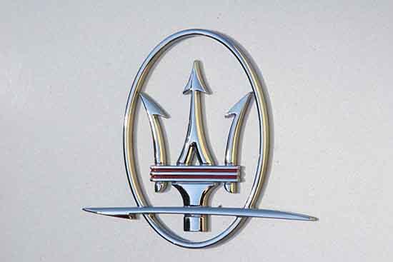 Maserati Crest photograph, car detail. Logo.